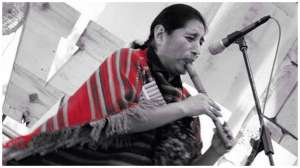 Phawak: Native American Music di mini hall Plaza Ambarrukmo