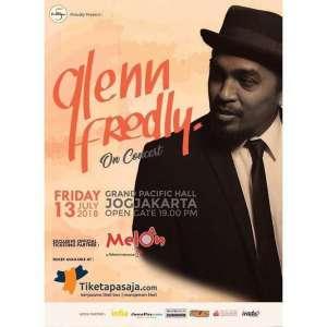 Glen Fredly On Concert