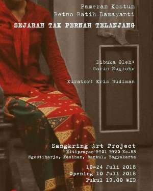 """Pameran Kostum """"Sejarah Tidak Pernah Telanjang"""" oleh Retno Ratih Damayanti"""