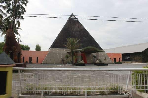 Pyramid Cafe Yogyakarta