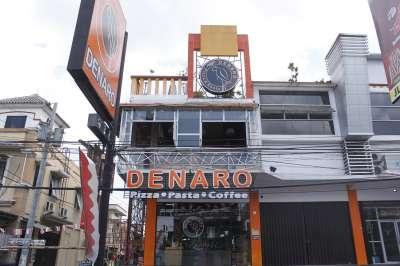 Denaro Pizza and Resto
