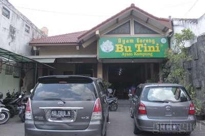 Warung Ayam Goreng Bu Tini Yogyakarta