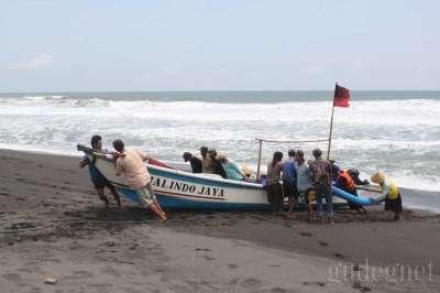 Pantai Pandansimo Yogyakarta