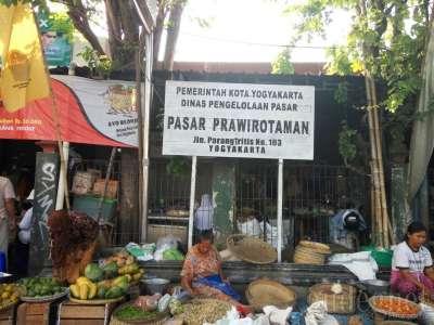 Pasar Prawirotaman Yogyakarta