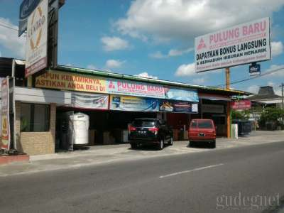 Supermarket Ceramic & Sanitary Pulung Baru