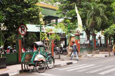 Pasar Lempuyangan Yogyakarta