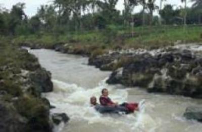 Oyo River Tubing - Desa Wisata Bejiharjo Yogyakarta
