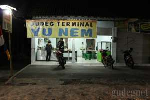 Gudeg Yu Nem Terminal Condong Catur Yogyakarta