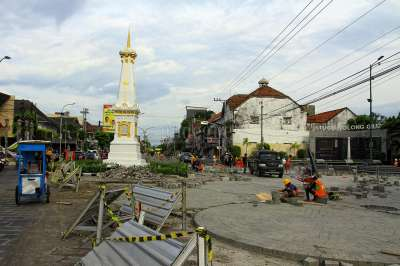 Revitalisasi Simpang  Tugu