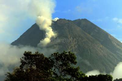Guguran Gunung Merapi
