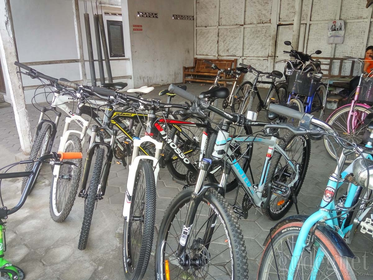 Pasar Sepeda GAPPSTA (Gabungan Pedagang Sepeda Bekas