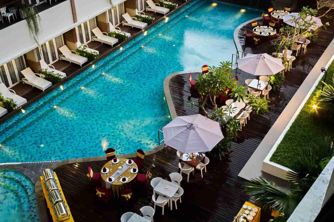 The 101 hotel yogyakarta yogya gudegnet for Jogja plaza hotel swimming pool