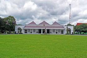 bangunan utama