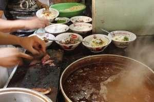 Potongan daging sapi untuk campuran soto atau dinikmati secara terpisah