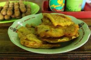 Tempe goreng tepung yang rasanya gurih dan lezat saat hangat