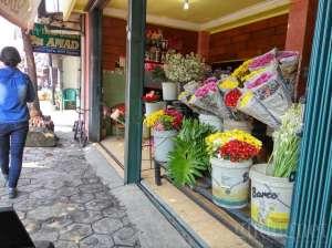 suasana di pasar kembang kotabaru