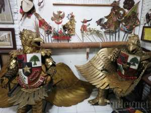 Cosplay Garuda di Rumah Garuda