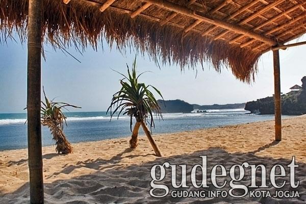 15 Pantai Populer di Yogyakarta Buat Libur Lebaran 2016