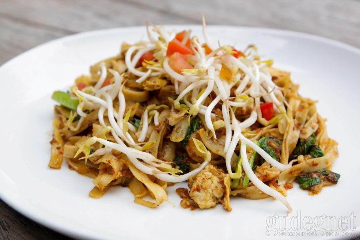 Masakan Asia dari Delapan Negara di The White Paal