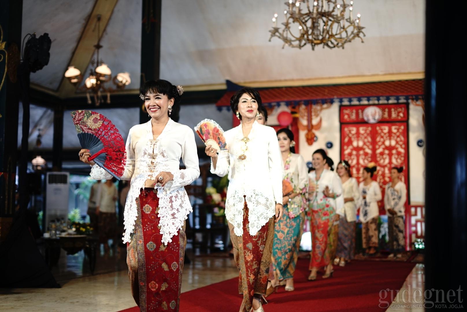 150 Kartini Modern Meriahkan Hari Kartini Royal Ambarrukmo
