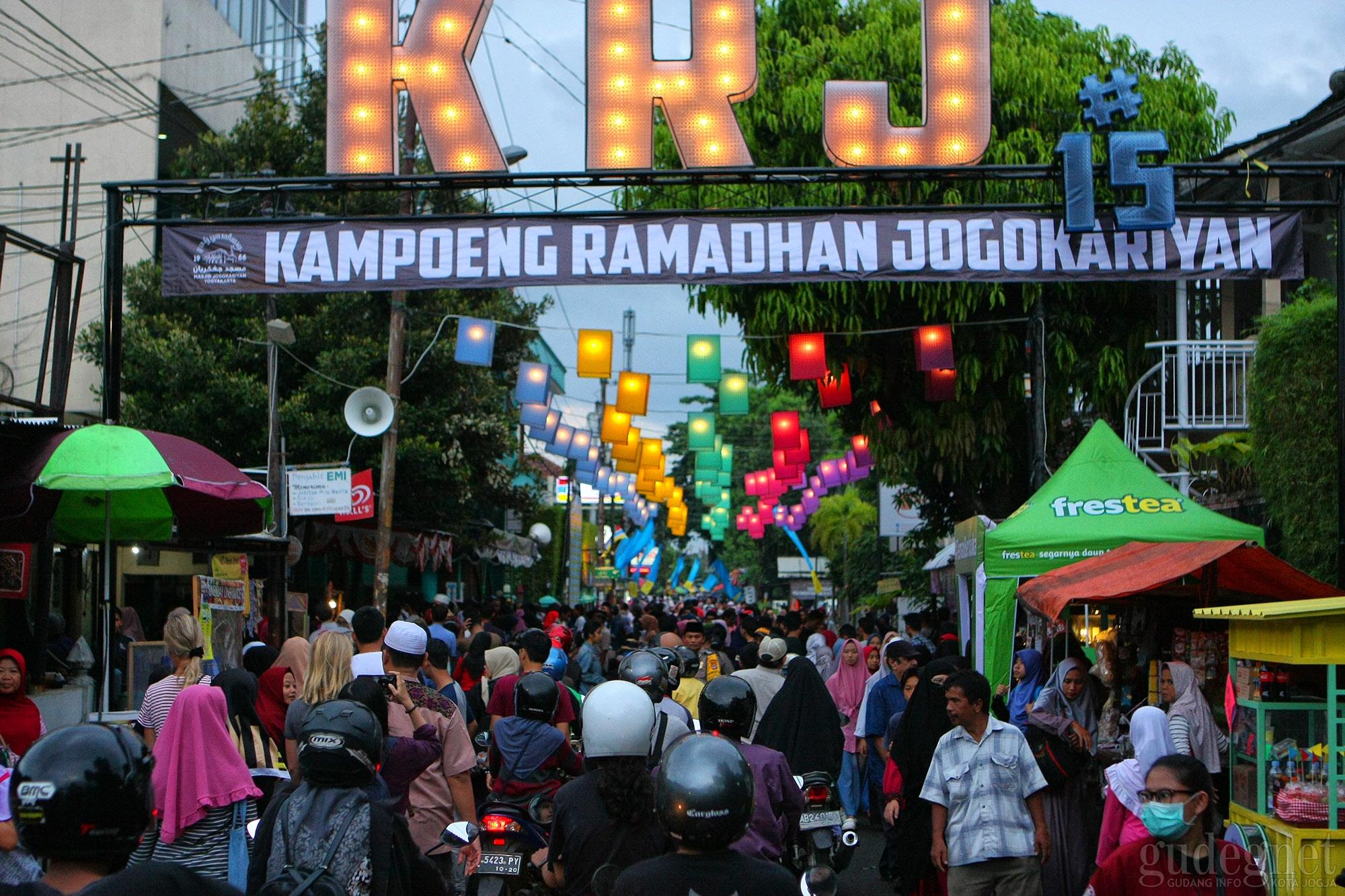Keseruan di Kampung Ramadan Jogokariyan