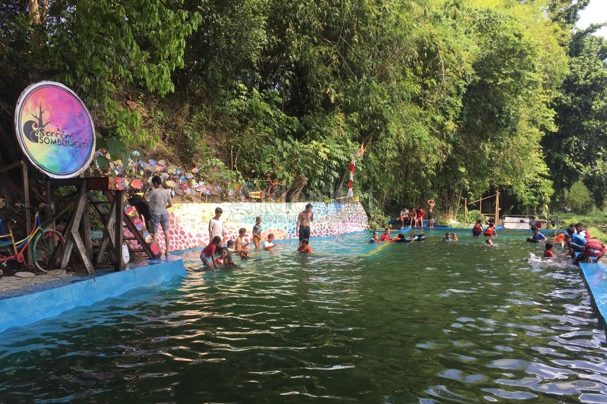Segarnya Ciblon di Sendang Sombomerti
