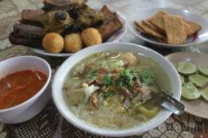 Soto Ayam Miroso yang Legendaris