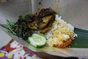Sego Saduk Suroboyoan, Kuliner Malam yang 'Nendang'