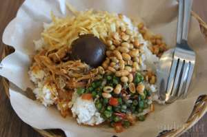 Nasi Balap Puyung, Pedasnya Bikin Ketagihan