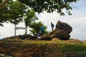 Watu Goyang, Wisata Alam dengan Beragam Spot Menarik