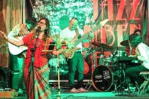 Jazz Mben Senen Rayakan Hari Jadi ke-9
