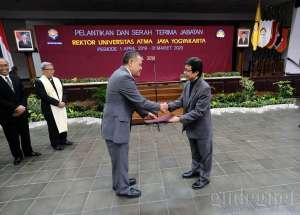 UAJY Lantik Rektor Baru