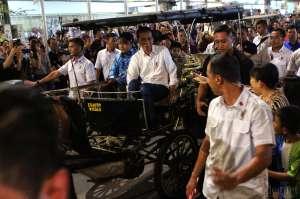 Naik Andong, Gaya Presiden Jokowi Habiskan Malam di Yogyakarta