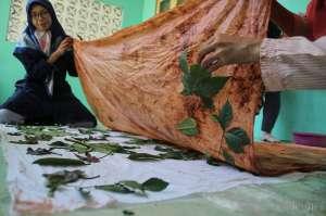 Batik Ecoprint Andalan Desa Berdaya Brontokusuman