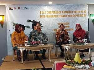 Rayakan Hari Batik dengan Pameran Batik di JEC