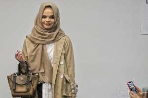 Bawa Batik Bernafaskan Islami, Sogan Batik Ikuti Paris Fashion Show