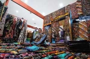 Ratusan IKM Ikuti Pameran Batik Nusantara Mendunia di JEC