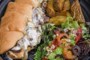 The Grill Steak House, Steak Premium Tidak Harus Kuras Kantong