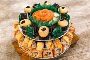 Sushi Cake, Sajian Unik untuk Makan Bareng