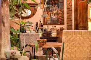 Nostalgia di Tiga Roepa Galeri dan Kafe
