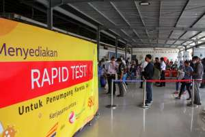 Suasana Hari Pertama Tes Rapid Antigen di Stasiun Tugu