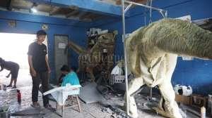 Produksi Dinosaurus Beromset Ratusan Juta Rupiah