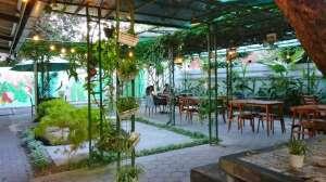 Santai Sore di Tamansari Cafe