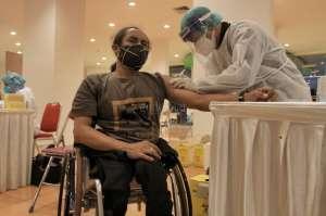 Ratusan Penyandang Disabilitas Ikuti Vaksinasi